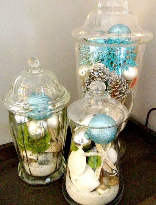 Most Popular Indoor Christmas Decorations on Pinterest  ~ 050456_Christmas Decorating Ideas Entertainment Center
