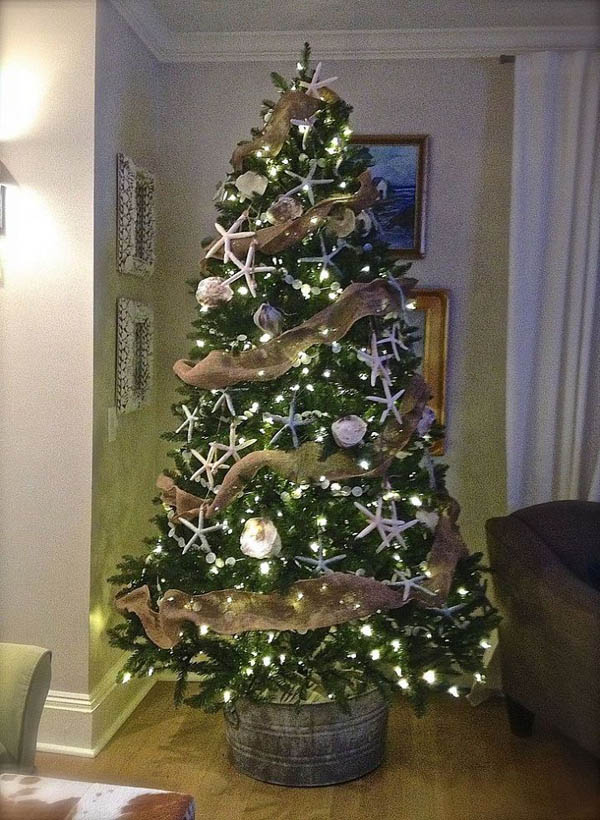 coastal-themed-christmas-tree