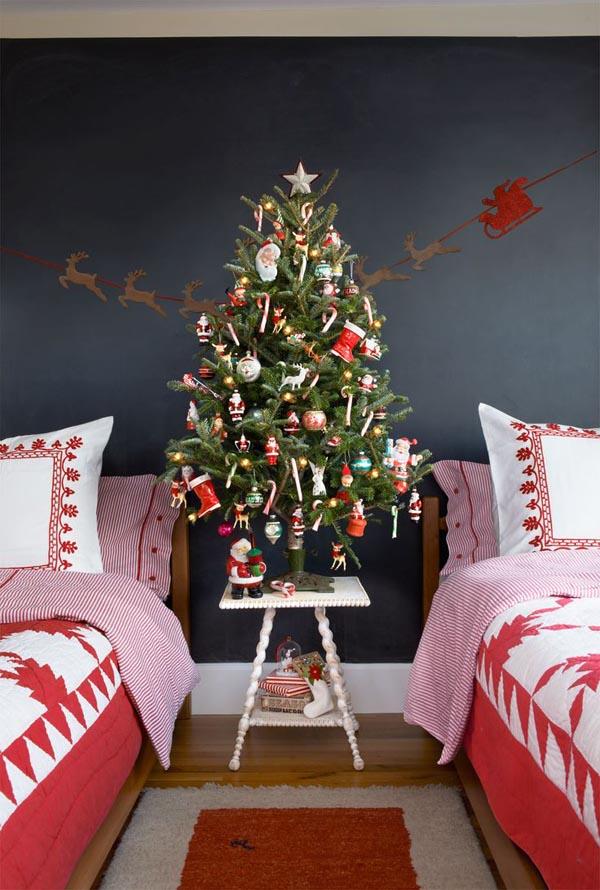 retro-kiddie-christmas-tree