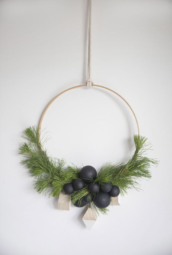 scandinavian christmas decorating ideas 09 - Nordic Style Christmas Decorations
