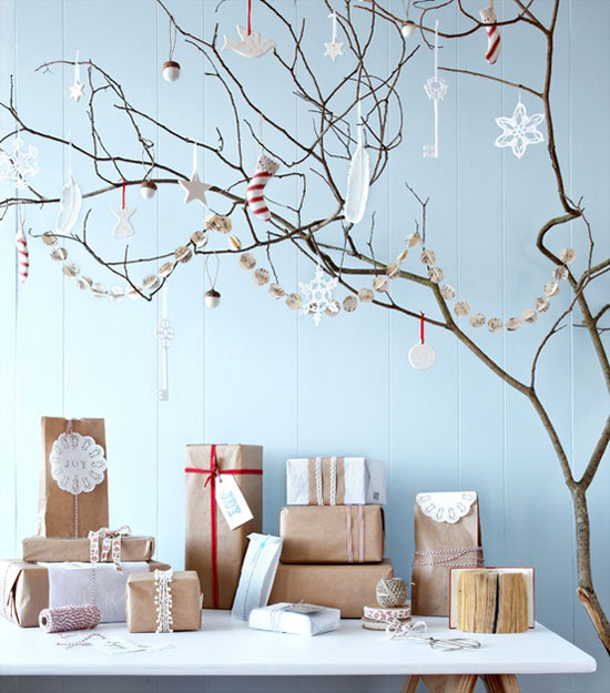 scandinavian christmas decorating ideas 31