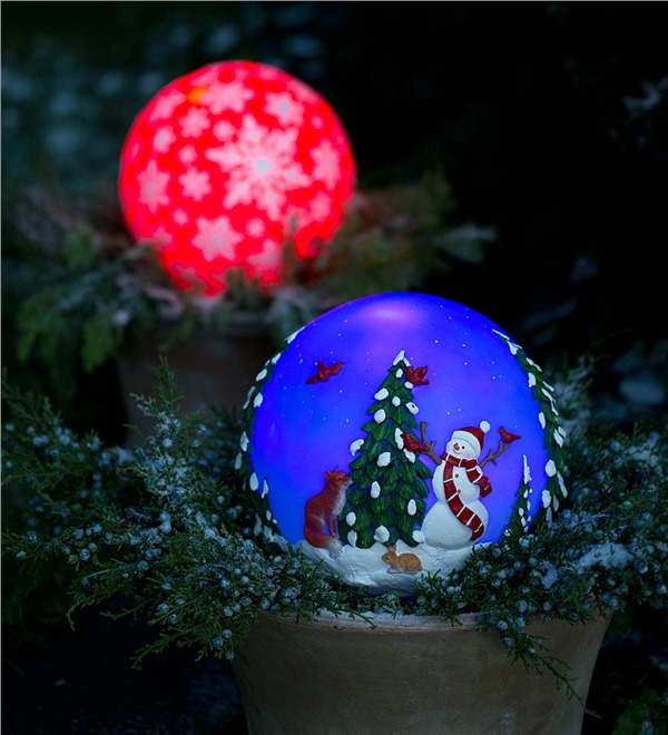 Glowing Outdoor Holiday Globe: