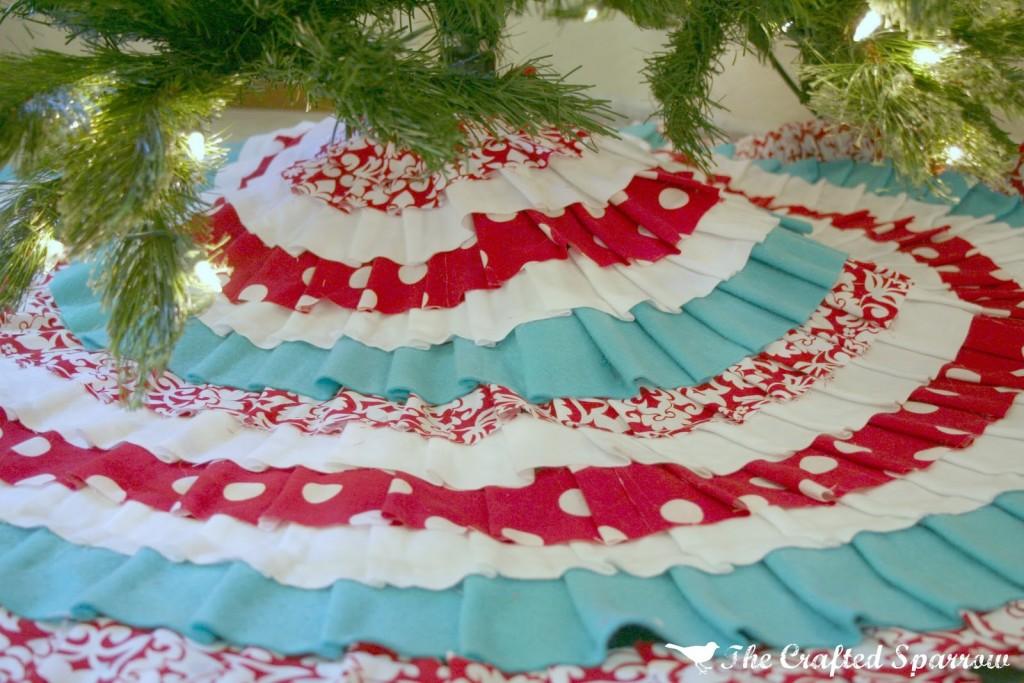 Top 25 DIY Christmas Tree Skirts Christmas Celebrations - Blue Christmas Tree Skirt