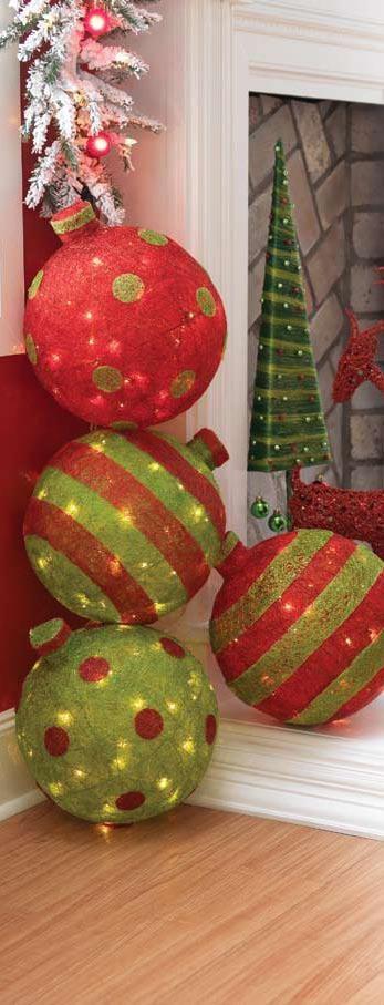 Outdoor Christmas Tree (5)