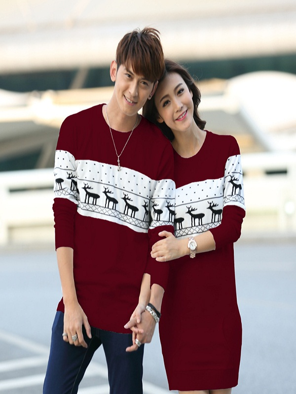 8eb372f53f Top 40 Matching Christmas Sweaters Designs You Must Try - Christmas  Celebration - All about Christmas