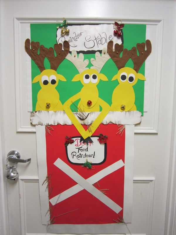 Unusual Door Decoration Source & 40 Funny And Humorous Christmas Decorations That Will Leave You In ...
