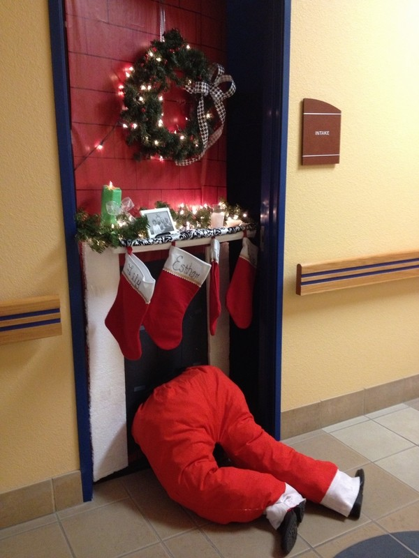 40 Funny And Humorous Christmas Decorations That Will Leave You In ...