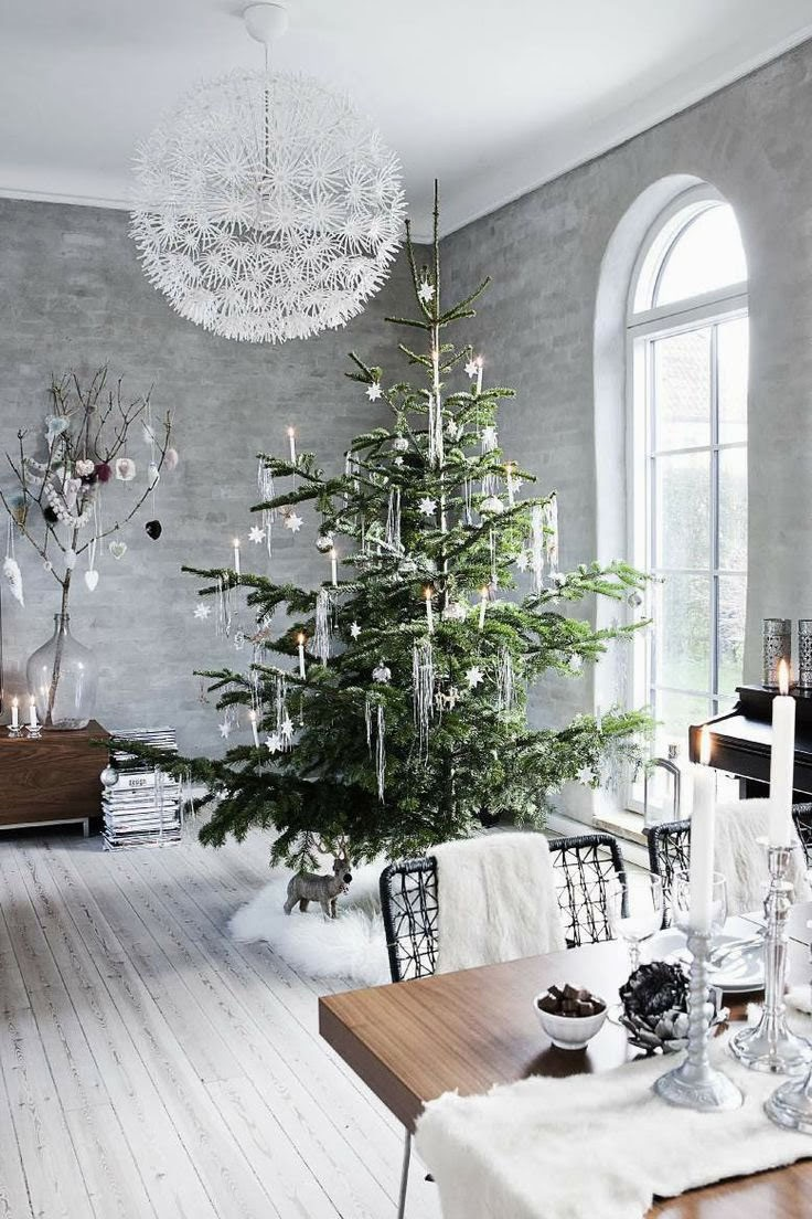 Modern Christmas Decoration Ideas