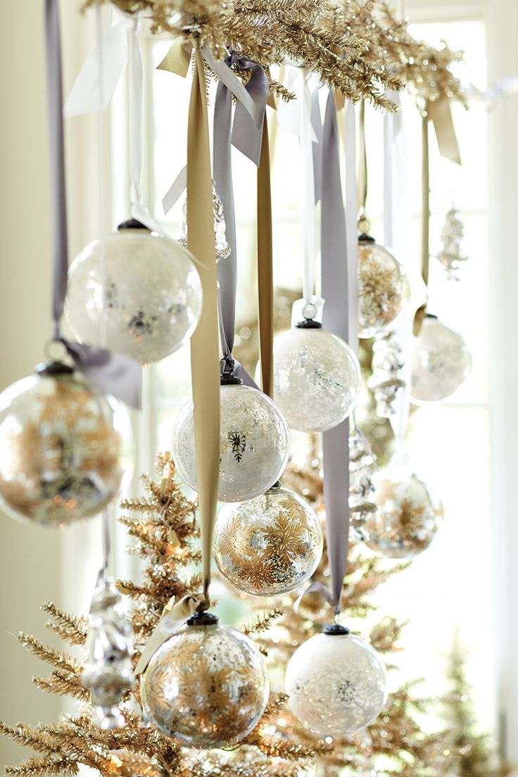 Top white christmas decorations ideas christmas for Hanging christmas decorations