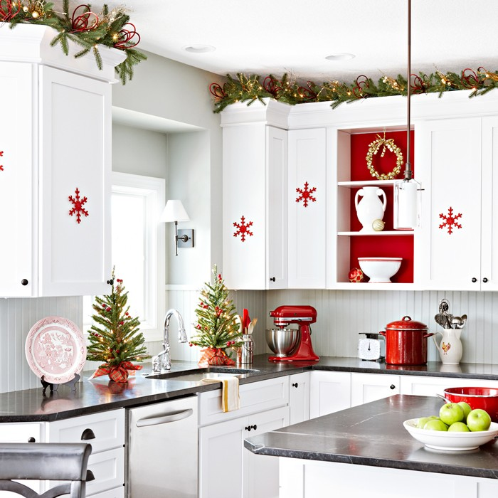 Red And White Tree Decorations
