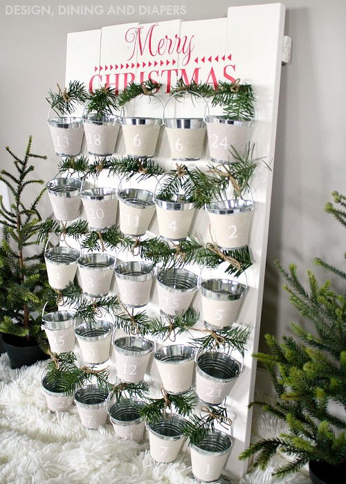Top 40 adorable christmas advent calendar ideas for Diy christmas advent calendar ideas