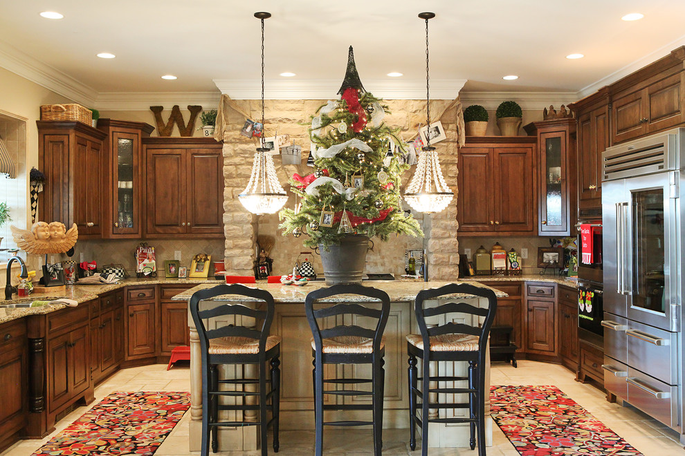 source - Top Of Kitchen Cabinet Christmas Decorating Ideas