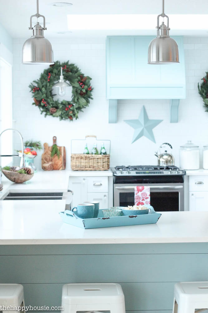 top 40 holiday decoration ideas for kitchen christmas celebration all about christmas. Black Bedroom Furniture Sets. Home Design Ideas