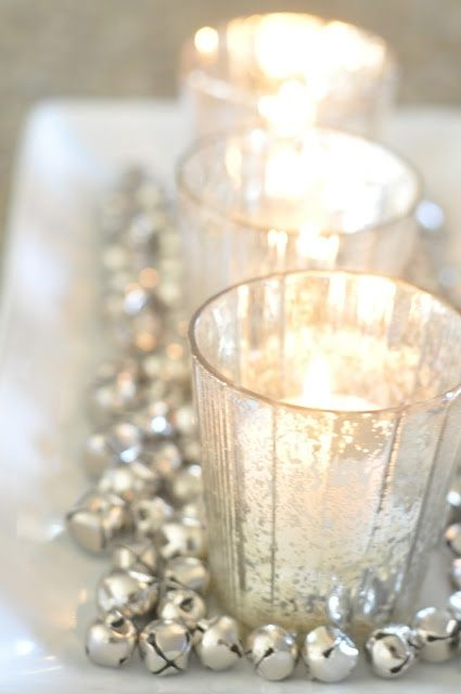 Top silver and white christmas decoration ideas White christmas centerpieces