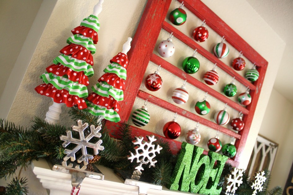 source - Red And Green Christmas Decorations