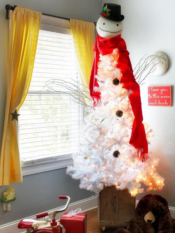 Original_Brian-Patrick-Flynn-Holiday-House-Boys-Room-Tree_s3x4.jpg.rend.hgtvcom.966.1288