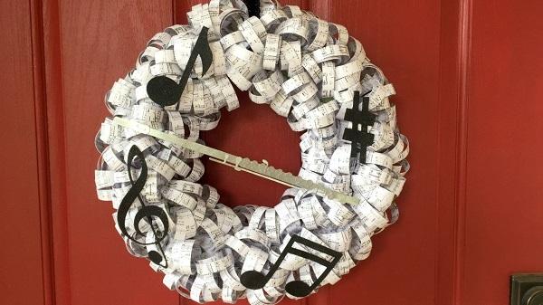 Paper Wreaths (25)