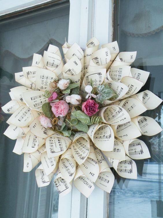 Paper Wreaths (39)