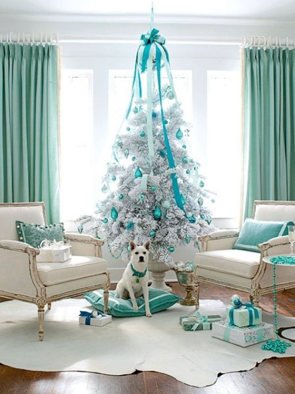 the christmas tree pillar - Images Of White Christmas Trees Decorated
