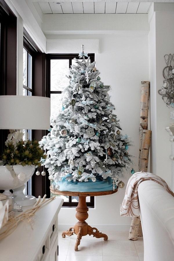 White_Christmas_Tree (2)