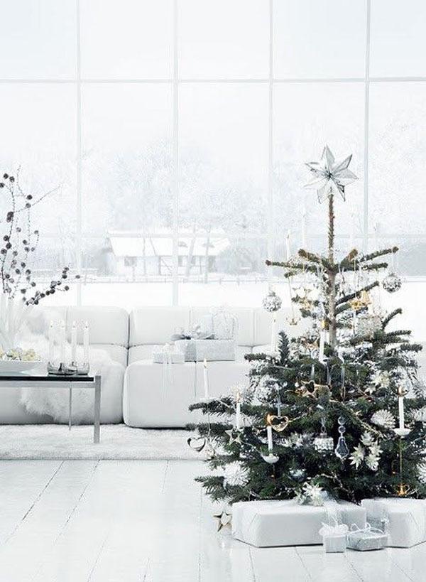 White_Christmas_Tree (8)