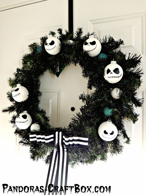 the jack skellington wreath source - Jack Skellington Christmas Decorations