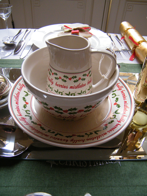 This tableware is absolutely festive in designs! & Top 40 Christmas Tableware Ideas - Christmas Celebration - All about ...
