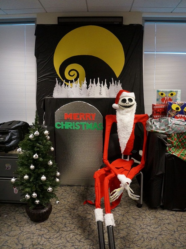 Nightmare Before Christmas In The Office: Source - 40 Creepy Nightmare Before Christmas Decorations - Christmas