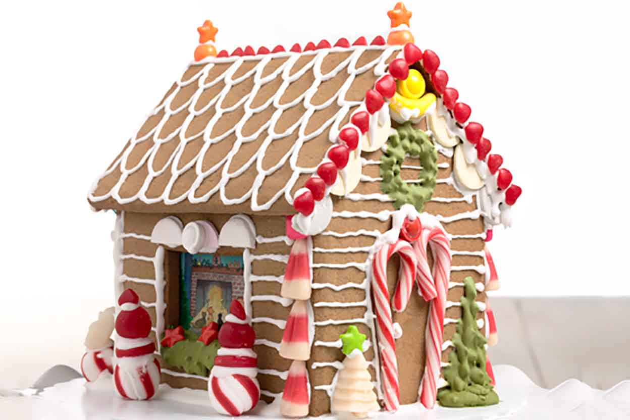 Gingerbread house recipes and templates christmas for House decoration images