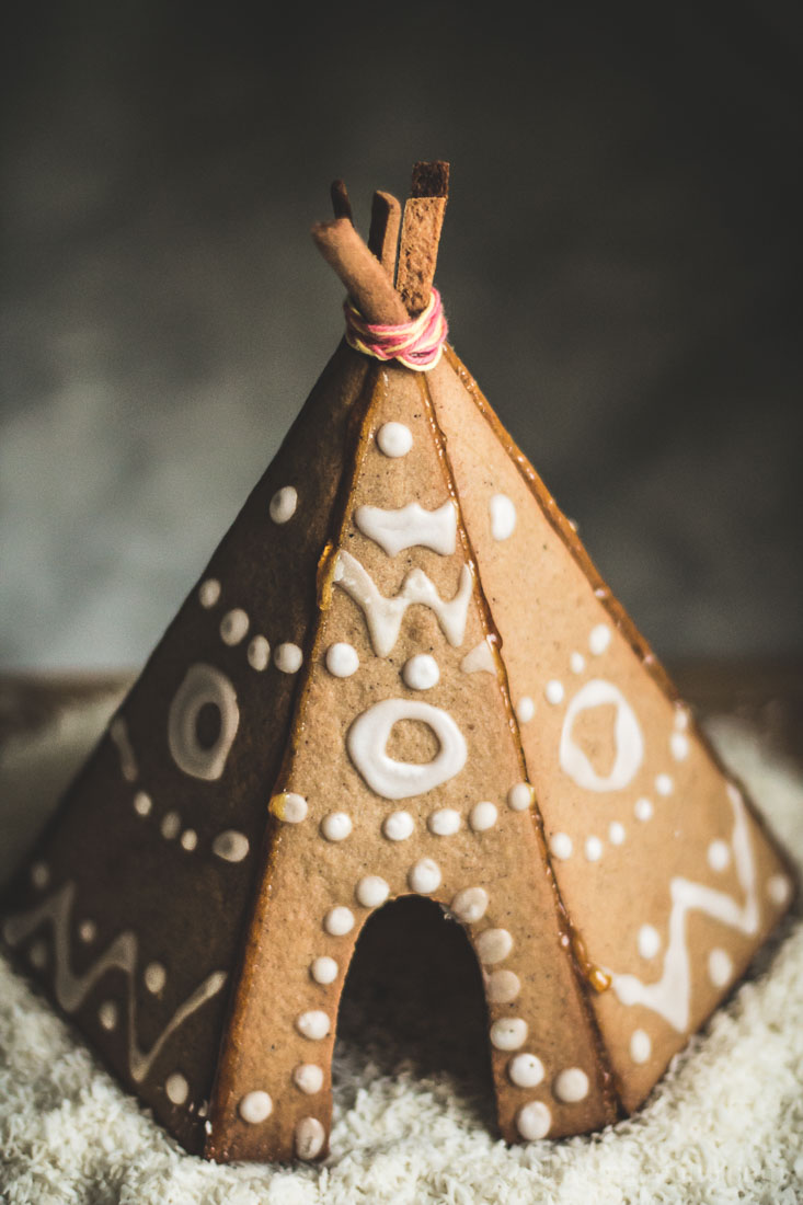 Gingerbread House Recipes And Templates - Christmas Celebration ...