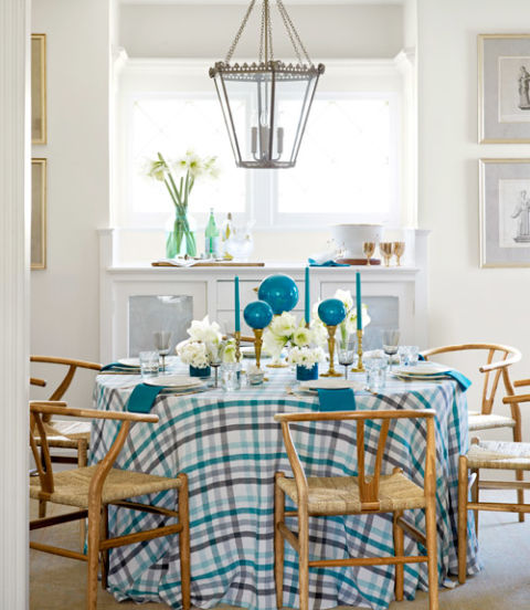 54ead99d5fd29_-_clx-a-blue-christmas-dining-room-1212-xln
