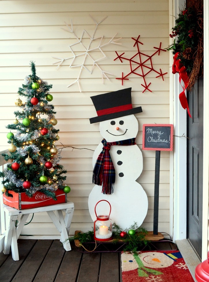 source - Entryway Christmas Decorations