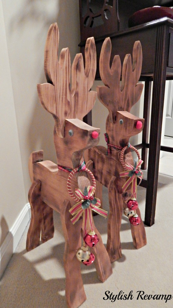 Top 30 cute deer decoration ideas for christmas for Christmas wood craft projects