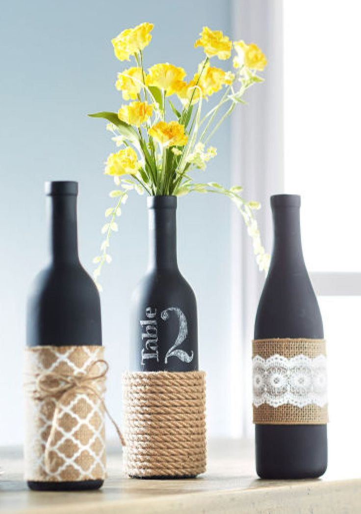 Top 35 decoration ideas using wine bottles christmas for Empty bottle decoration ideas