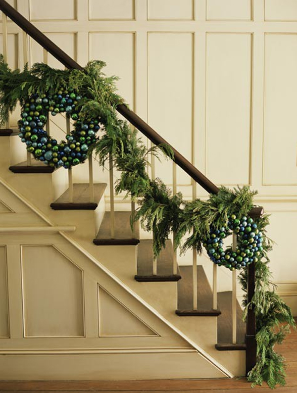 Top Christmas Staircase Garland - Christmas Celebration ...