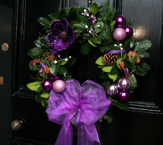 source - Purple And Silver Christmas Decorations