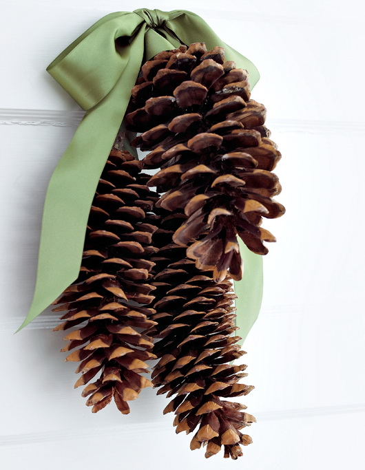 Top 40 Christmas Decorating Ideas Using Pinecones (DIY Included) - Christmas Celebration - All about Christmas