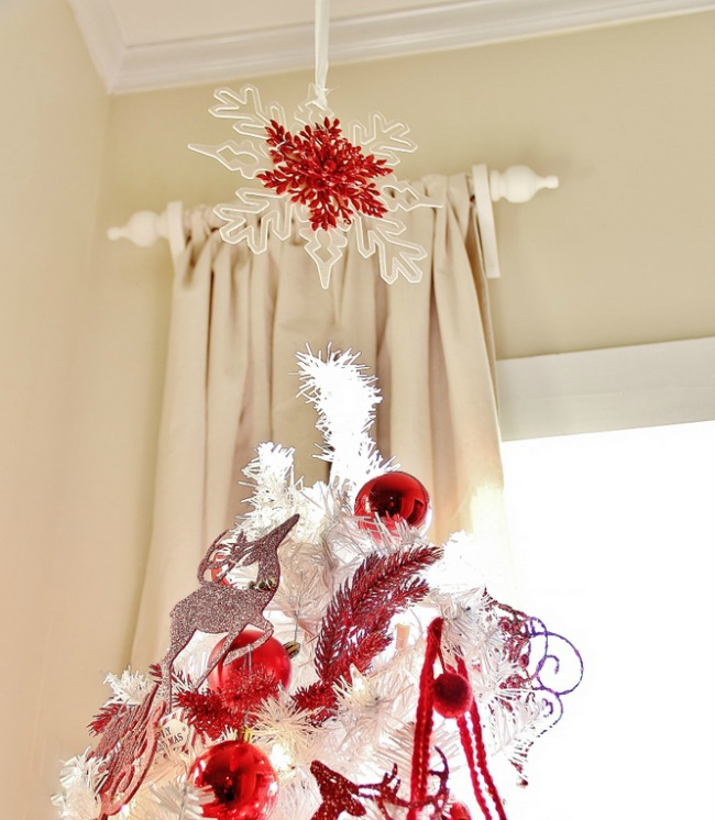 30 Creative Ceiling Decorating Ideas That Will Make Your: Christmas Tree Toppers Ideas