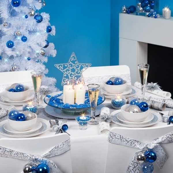 A Lovely Christmas Table: Source