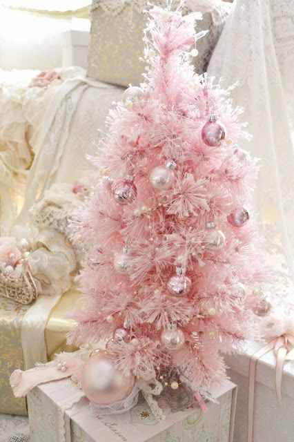 a mini christmas tree source - Pink Christmas Trees