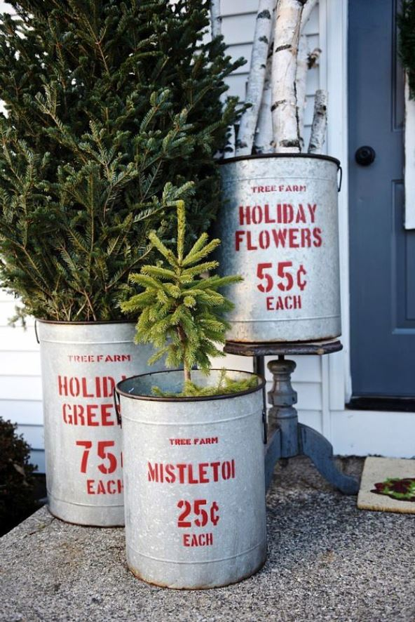 outdoor christmas decorations - Rustic Outdoor Christmas Decorations