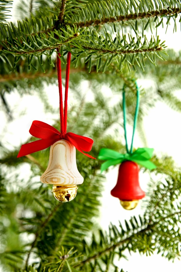 colorful bell ornaments source - Christmas Tree Bell Decoration