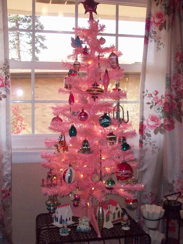 Vintage Decoration Christmas Tree Source