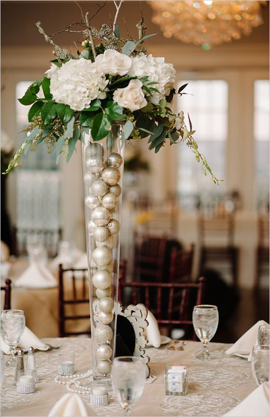 Awe Inspiring Top 40 Christmas Wedding Centerpiece Ideas Christmas Home Remodeling Inspirations Gresiscottssportslandcom