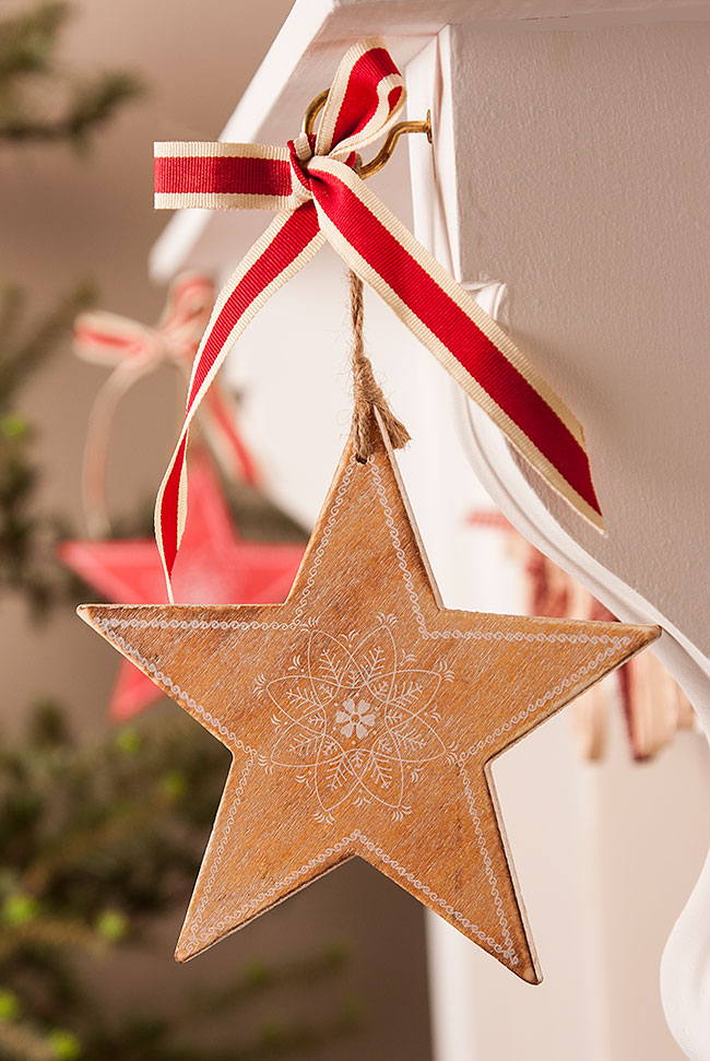 source - Christmas Star Decorations