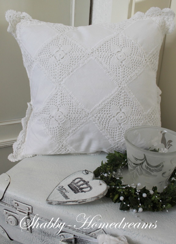 Shabby Chic Pillow Ideas : Top 40 Shabby Chic Christmas Decoration Ideas ? Christmas Celebration
