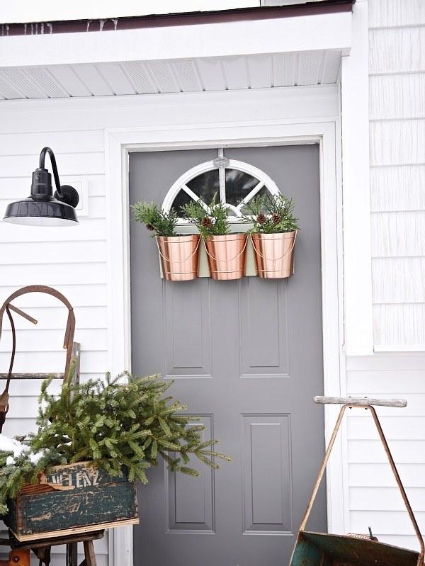 Shabby Chic Porch Decoration Source
