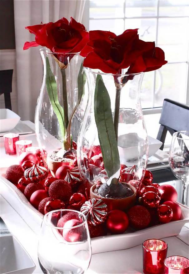 christmas wedding centerpiece with ornaments source