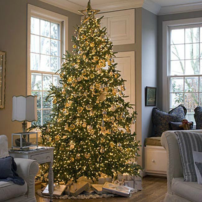 vintage cottage christmas tree - Gold Christmas Tree Decorating Ideas