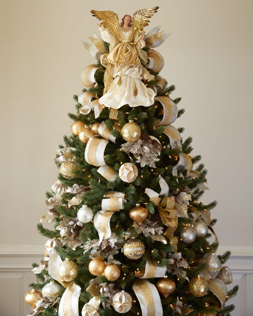 Divine and beautiful angel christmas decoration ideas for Angel christmas tree decoration
